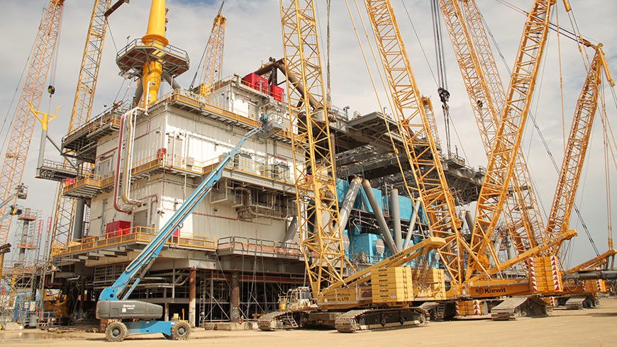stampede topsides main deck lift in texas